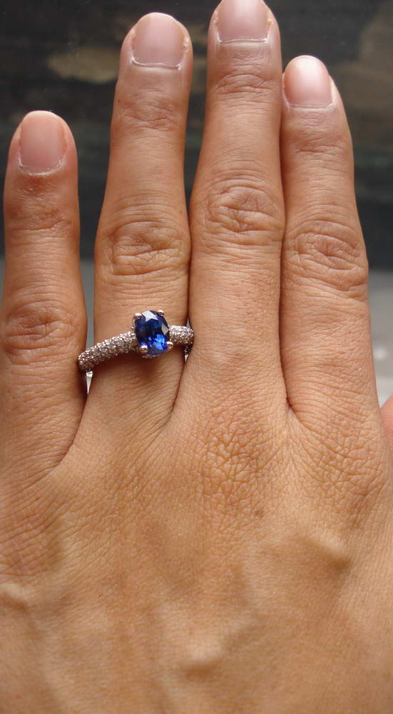 Blue Oval Sapphire Ring Diamond Studded White Gold