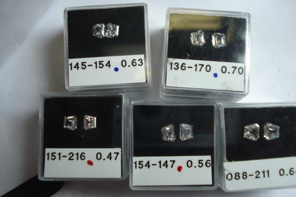 side stones diamonds by lauren