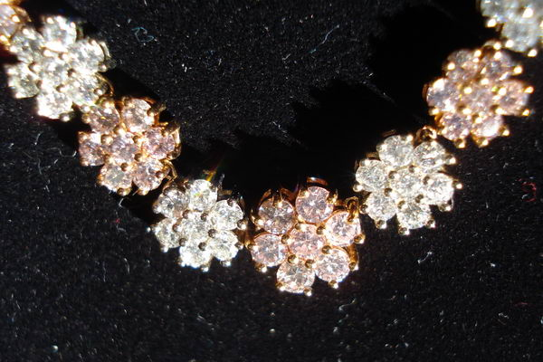 and fancy diamond white loose diamonds necklace pink yellow natural
