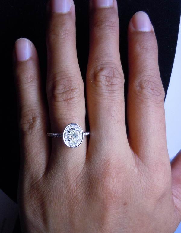 Yellow gold cushion cut engagement rings 2017