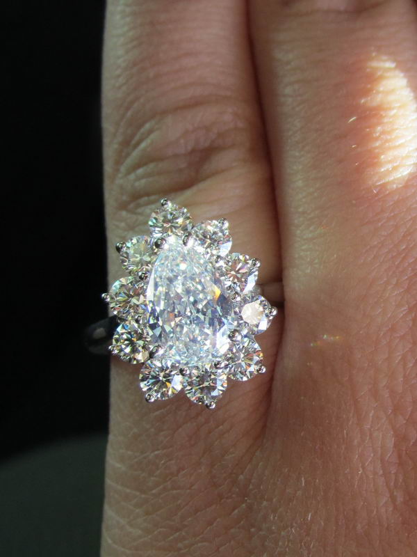 sold    diamond halo ring  1 54ct pear shape j  if gia
