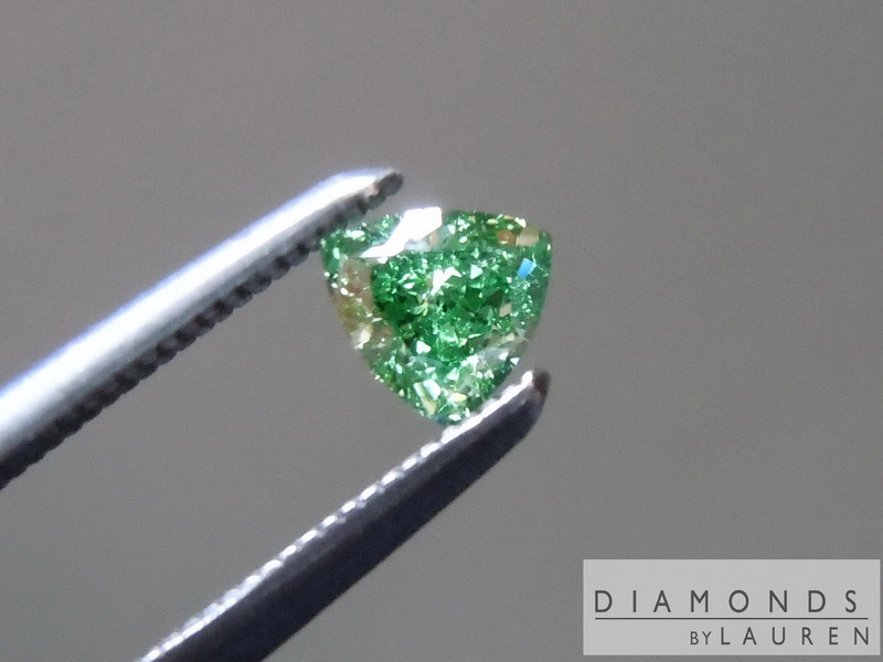 vivid green diamond