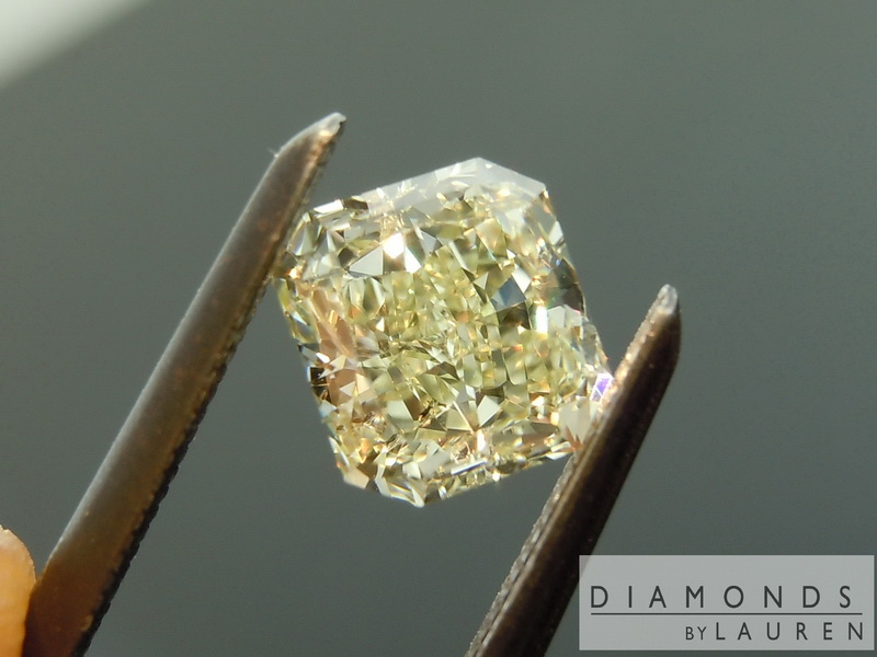yellowish green diamond