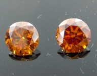 1.03ctw Orange Round Brilliant Diamond Earrings R8735