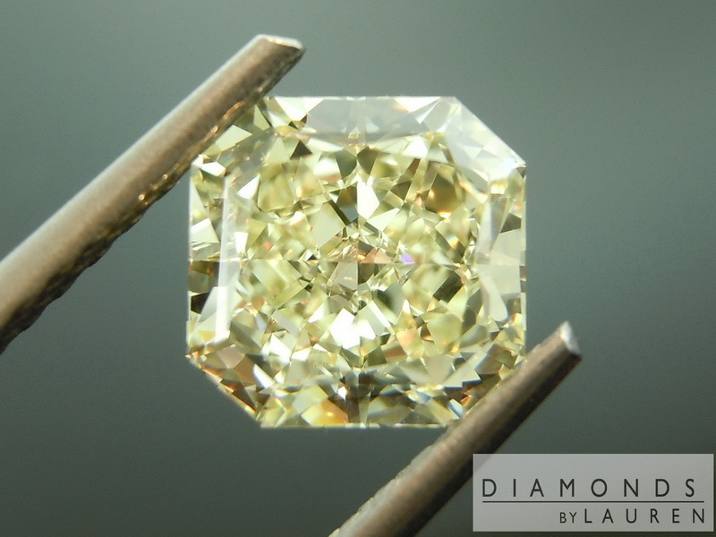 natural yellow diamond diamond