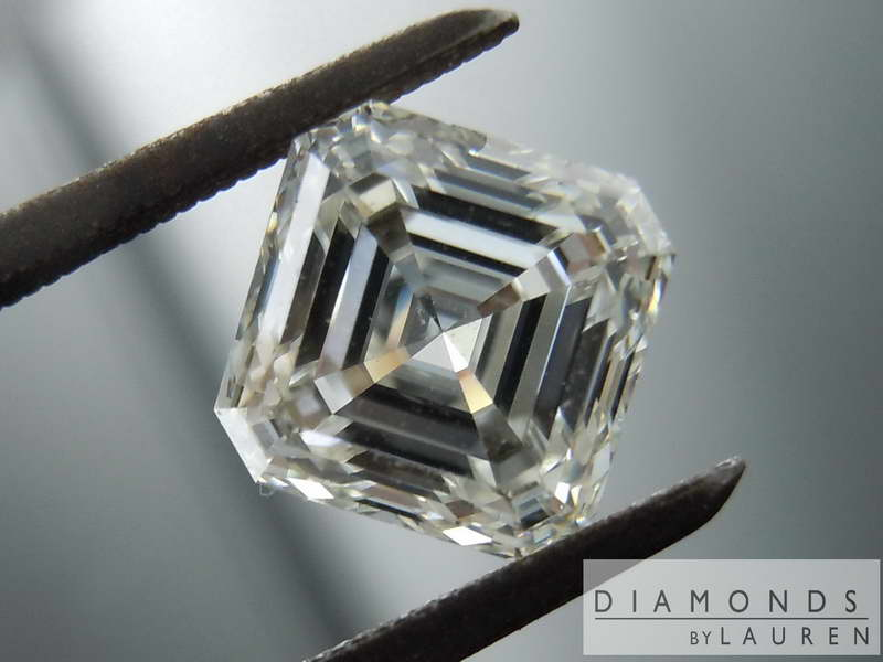 near colorless diamond
