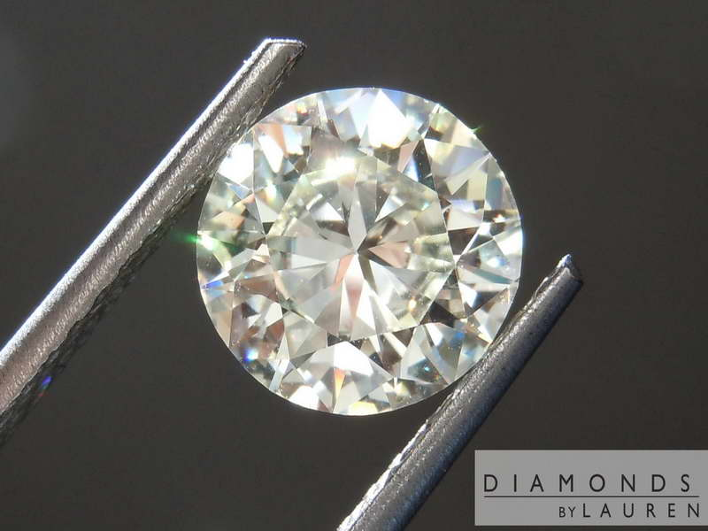 colorelss diamond