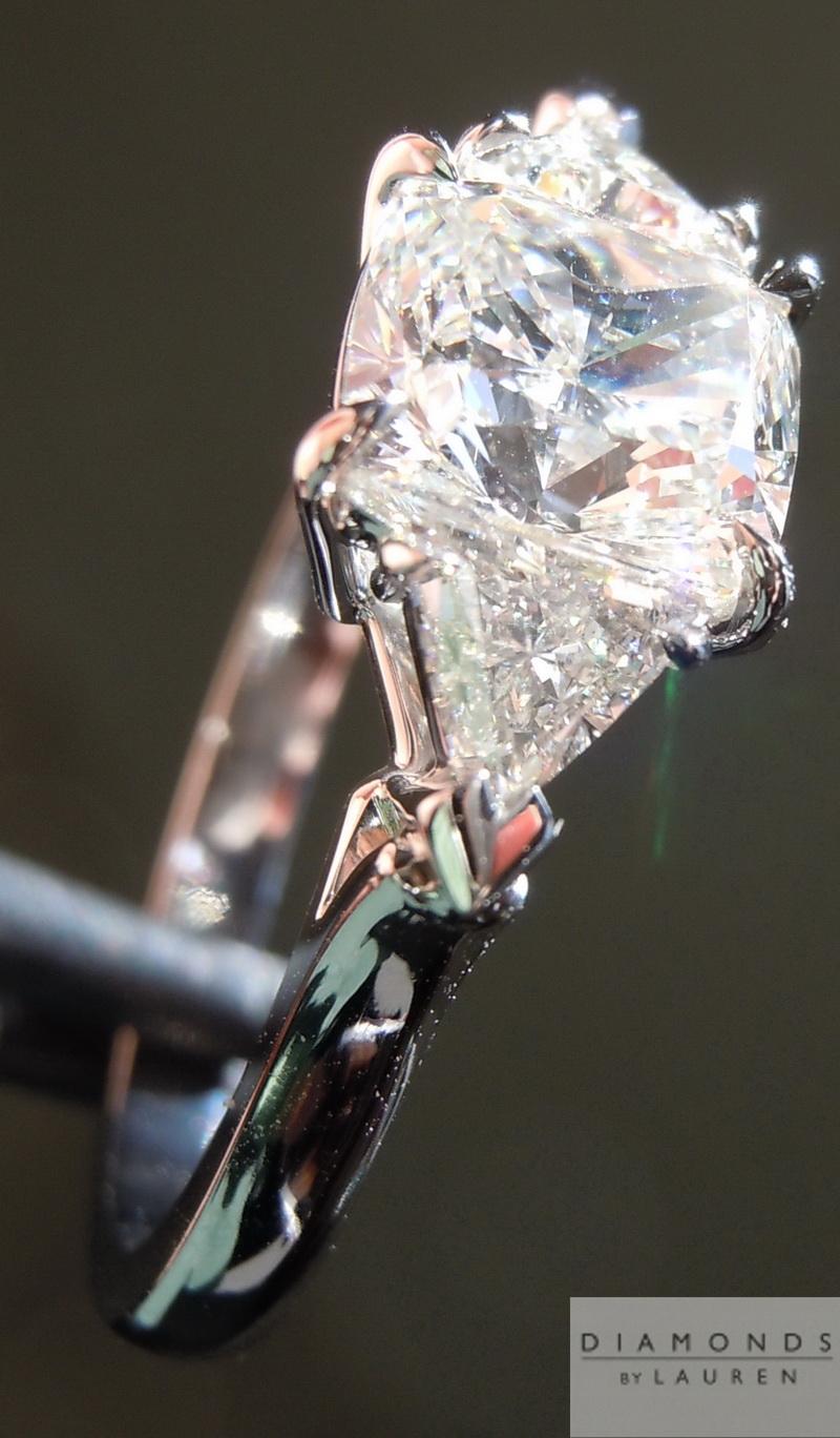 colorless diamondring