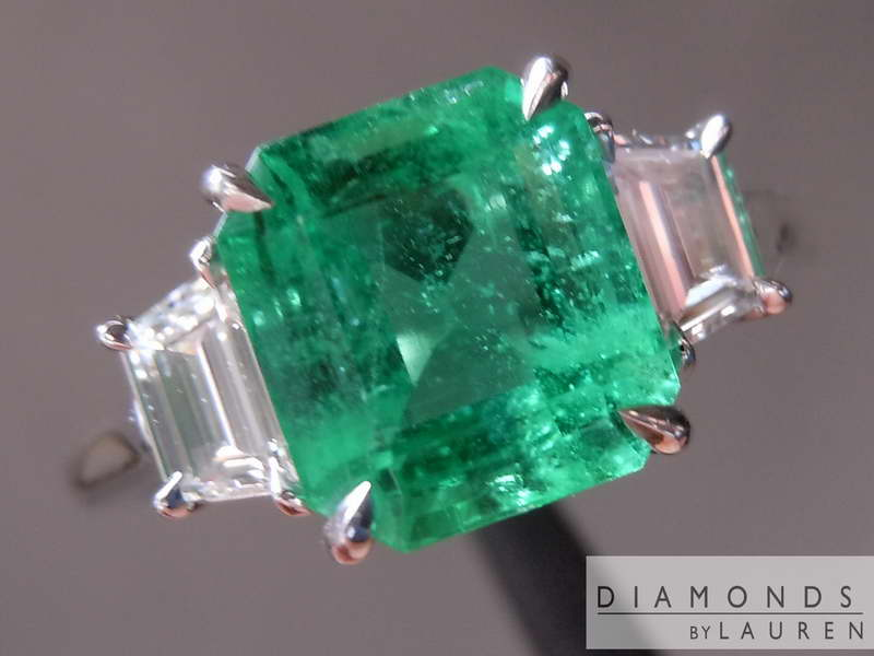 emerald and diamondring