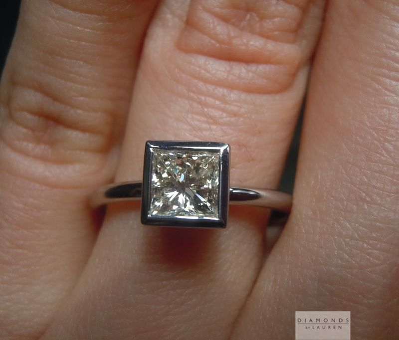 colroless diamond ring