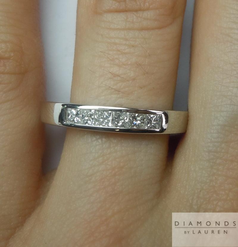 colorless diamond rng
