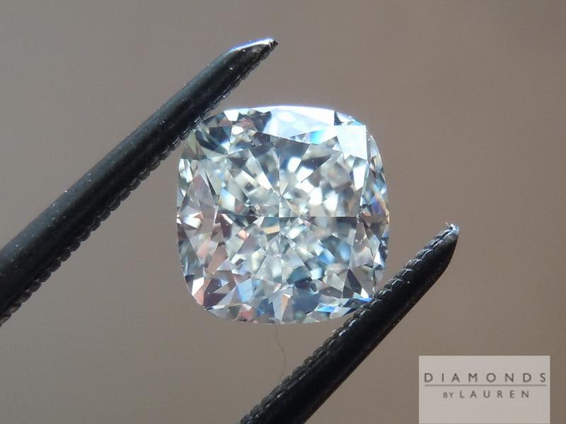 strong fluorescence diamond