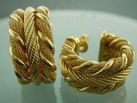 Sold..Gold Earrings: 18k Yellow Gold David Yurman Earrings R6777