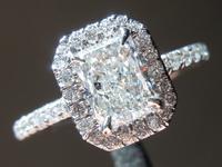 0.91ct G SI1 Radiant Cut Diamond Ring GIA R6802